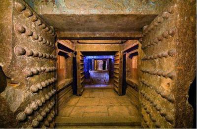 Một căn phòng trong khu vực hầm địa táng của Hoàng đế Tần Thủy Hoàng