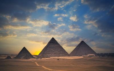 Lăng mộ Kim Tự Tháp ở Ai Cập.