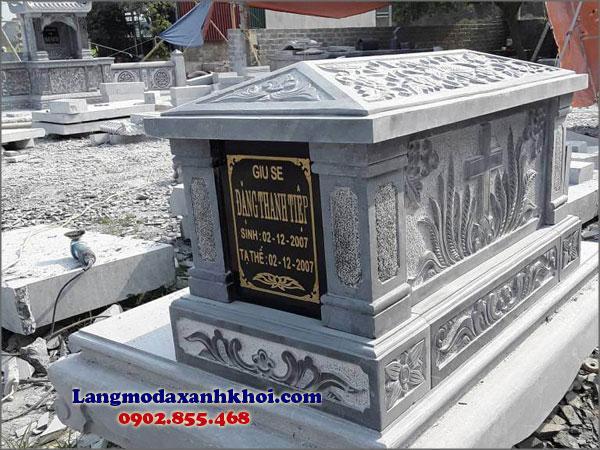 Lăng mộ đá xanh dễ dàng vệ sinh, luôn giữ được nét mới mẻ