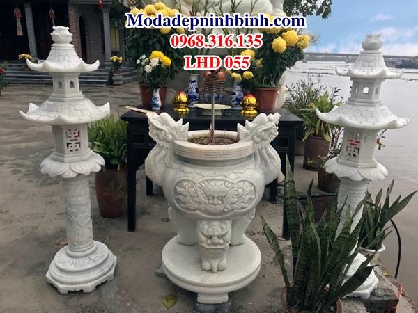 Lư đỉnh hương đá tại chùa Non nước Ninh Bình