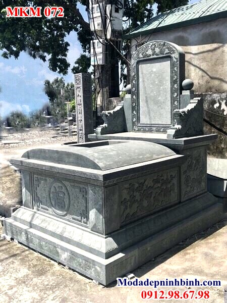 Mẫu mộ đá hậu bành không mái xanh rêu đẹp 071