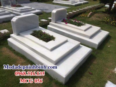Mộ đá trắng công giáo MCG 056