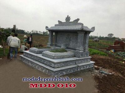 Hiện nay, việc sử dụng đá xanh Thanh Hóa để làm lăng mộ ngày càng phổ biến rộng rãi