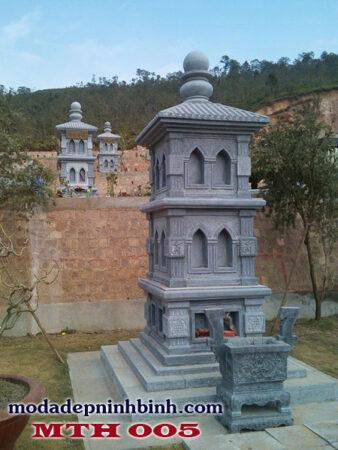 Mộ đá tháp gia đình tại Long Xuyên, An Giang