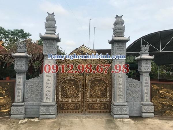 Bộ cột cổng đá nhà thờ họ tại Vinh