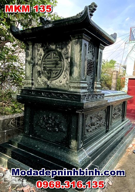 chữ thọ phía sau mộ