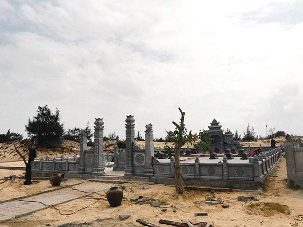 Cột cổng lan can đá Quảng Bình