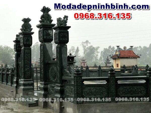 hình ảnh lăng mộ đá xanh rêu tại Ý Yên Nam Định