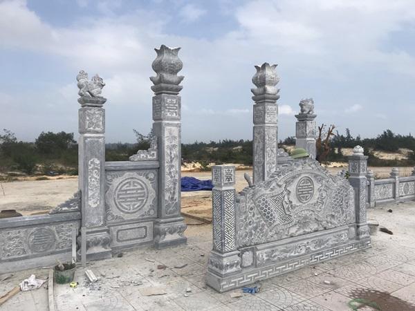 Khu lăng mộ đá Đồng Hới