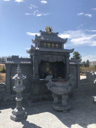 Lăng thờ đá khu lăng mộ tại Nghệ An