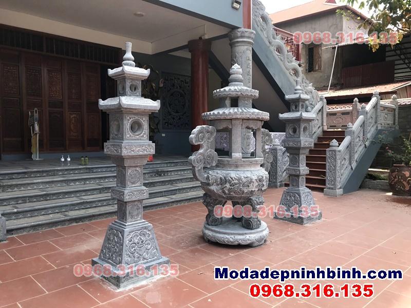 lư hương có mái đèn đá vuông đá chùa Linh Cốc Bắc Ninh