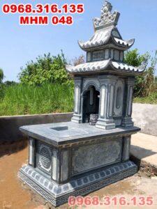 Mẫu mộ đá xanh rêu 2 mái Chi Nê Lạc Thủy Hòa Bình