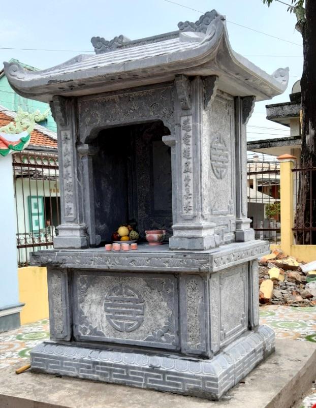 Miếu thờ bằng đá xanh thờ Thần Hổ đình Vĩnh Mỹ tỉnh Bạc Liêu