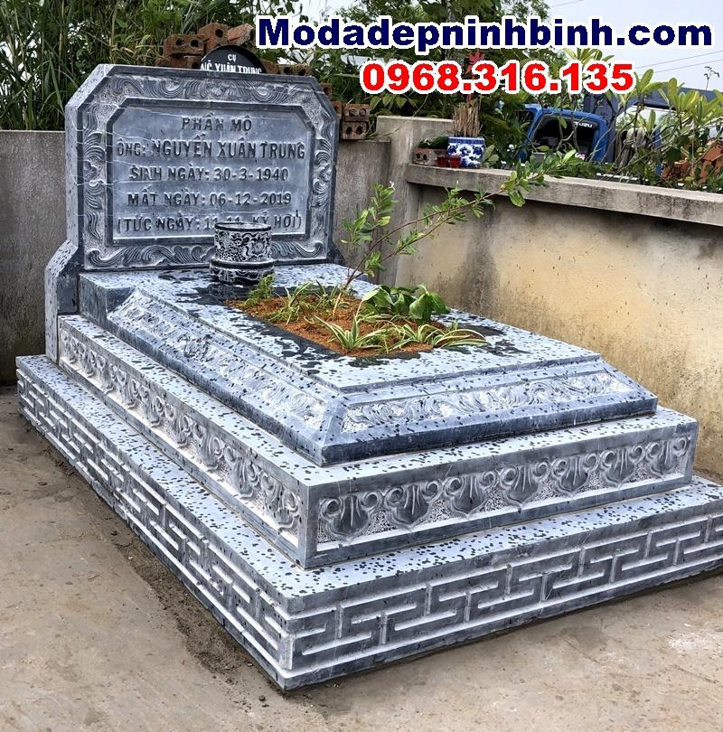 mộ đá tam cấp tại uông bí quảng ninh