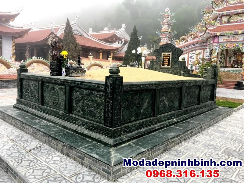 mộ tổ thành hoàng làng trung kiên