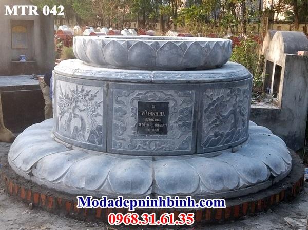 Mộ tròn đá điêu khắc hoa sen